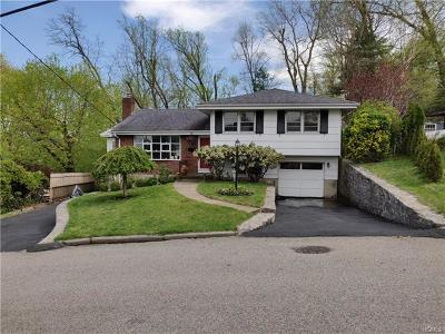 Yonkers Single Family Home For Sale: 61 Homecrest Oval