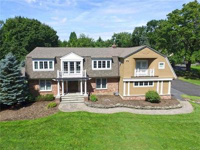 West Nyack Single Family Home For Sale: 285 Strawtown Road