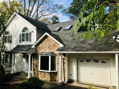 Ossining Single Family Home For Sale: 11 Piping Rock Drive #C