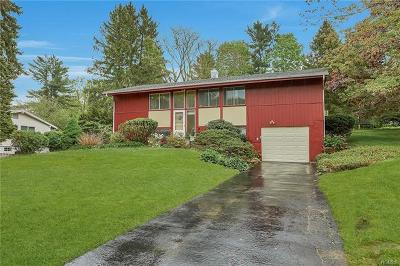 Yorktown Heights NY Single Family Home For Sale: $375,000