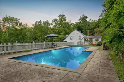 Mount Kisco Single Family Home For Sale: 160 Crow Hill Road