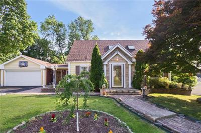 Elmsford Single Family Home For Sale: 50 Beaver Hill Road
