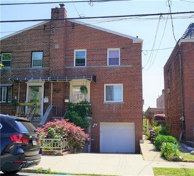 Bronx NY Single Family Home For Sale: $649,000