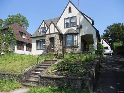 Yonkers Single Family Home For Sale: 166 Devoe Avenue