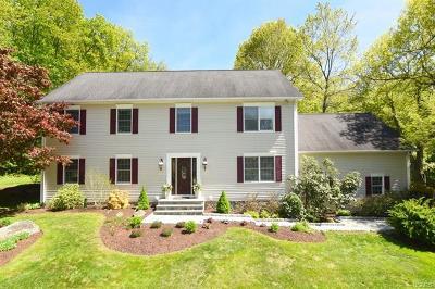 Brewster Single Family Home For Sale: 26 Bear Berry Lane