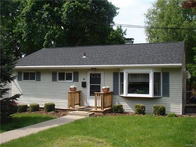 Newburgh Single Family Home For Sale: 36 Blake Street