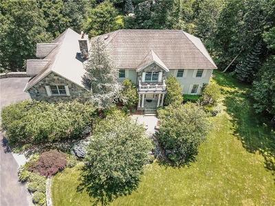 Connecticut Single Family Home For Sale: 73 Harpsichord Turnpike