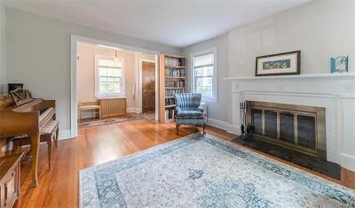 White Plains Single Family Home For Sale: 64 Longview Avenue