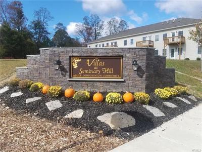 Carmel Condo/Townhouse For Sale: 2103 Pankin (87 Seminary Hill Rd) Drive