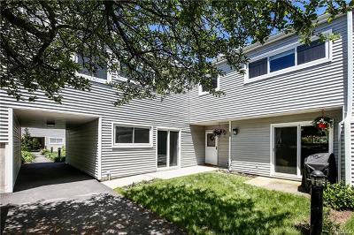 Westchester County Condo/Townhouse For Sale: 268 Babbitt Road #LA9