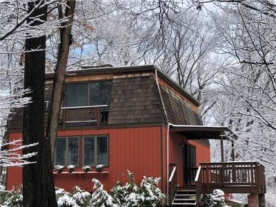 Single Family Home For Sale: 18 Queensboro Road
