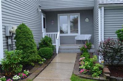 Carmel NY Single Family Home For Sale: $265,000