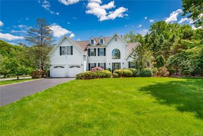 Mount Kisco Single Family Home For Sale: 1 Ascot Circle