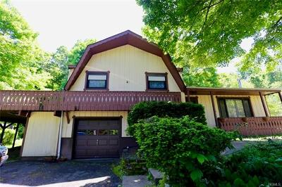 Cortlandt Manor Single Family Home For Sale: 26 Woodland Boulevard