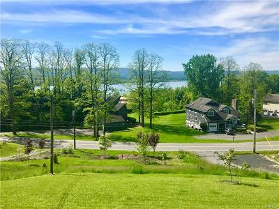 Newburgh Single Family Home For Sale: 763 River Road