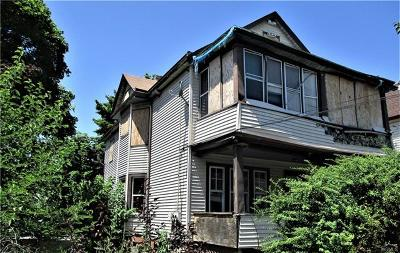 Dutchess County Multi Family 2-4 For Sale: 8 Worrall Avenue