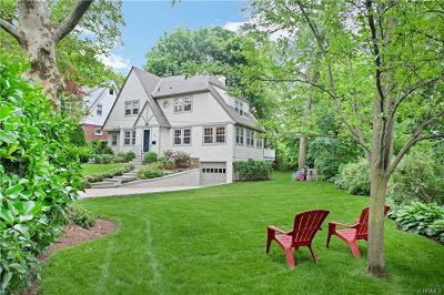 Larchmont Single Family Home For Sale: 8 Pine Brook Drive