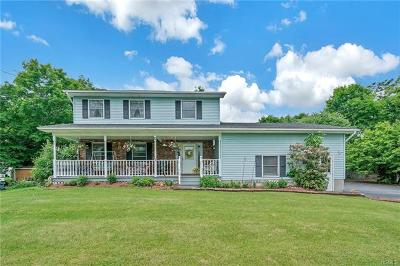 Orange County Single Family Home For Sale: 9 Bens Way