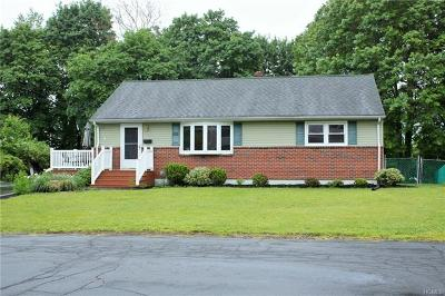 Rockland County Single Family Home For Sale: 22 Mackey Court