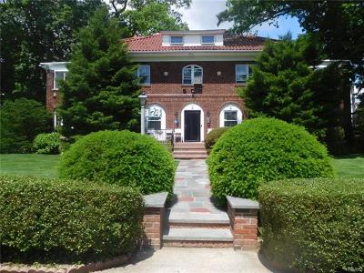 Yonkers Single Family Home For Sale: 174 Hollywood Avenue
