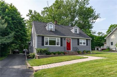 Monroe Single Family Home For Sale: 36 Mid Oaks Street