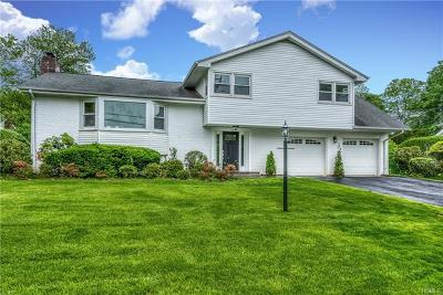 New Rochelle Single Family Home For Sale: 43 Nob Court