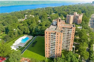 Co-Operative For Sale: 4705 West Henry Hudson Parkway #9M