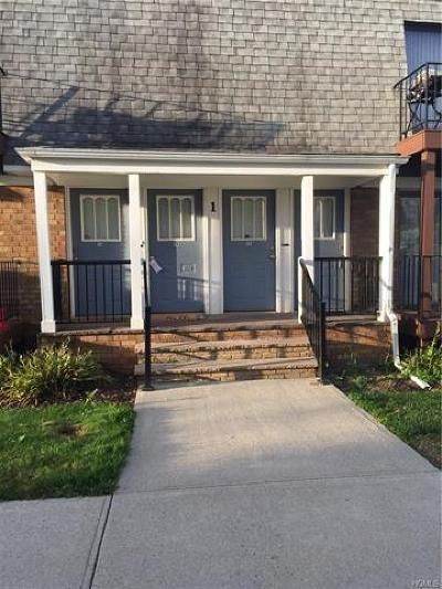 Middletown Condo/Townhouse For Sale: 1 Fortune Road West #M