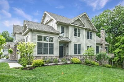 Cortlandt Manor Single Family Home For Sale: 11 Hedges Court