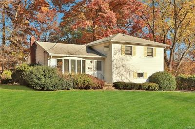 Nanuet Single Family Home For Sale: 26 Poplar Street
