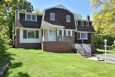 Tarrytown Single Family Home For Sale: 41 Roundabend Road