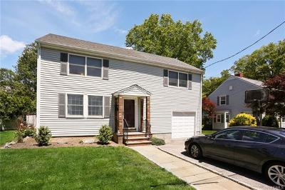 Tuckahoe Single Family Home For Sale: 11 Winslow Circle