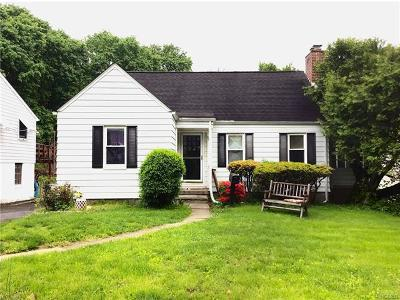Westchester County Single Family Home For Sale: 807 Ridgewood Drive