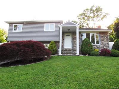 Nanuet Single Family Home For Sale: 1 Terrace Avenue