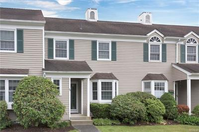 Westchester County Condo/Townhouse For Sale: 99 Locust Ridge