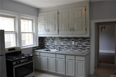 Pelham Bay Rental For Rent: 2866 East 196th Street