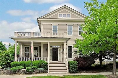 Warwick Single Family Home For Sale: 15 Bridges Street