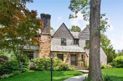 Larchmont Single Family Home For Sale: 74 Valley Road