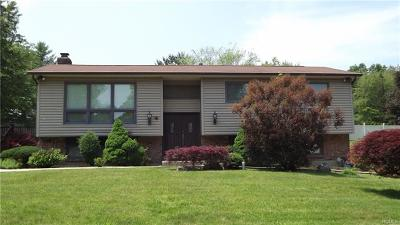 Rockland County Single Family Home For Sale: 4 Ravenna Drive