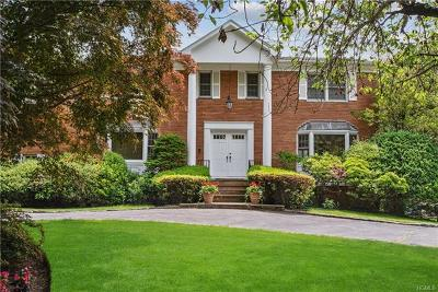Mamaroneck Single Family Home For Sale: 14 Fairway Drive
