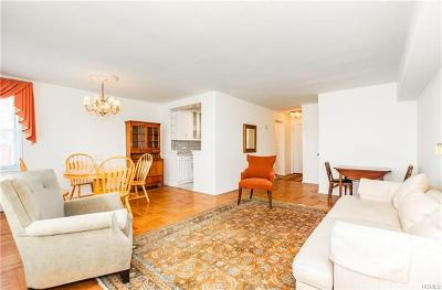 Riverdale Co-Operative For Sale: 3901 Independence Avenue #7C