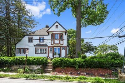 New Rochelle Single Family Home For Sale: 100 Faneuil Place