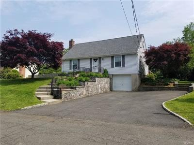 White Plains Single Family Home For Sale: 65 Jennings Road