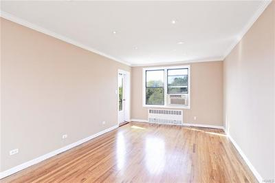 Riverdale Co-Operative For Sale: 2550 Independence Avenue #6S