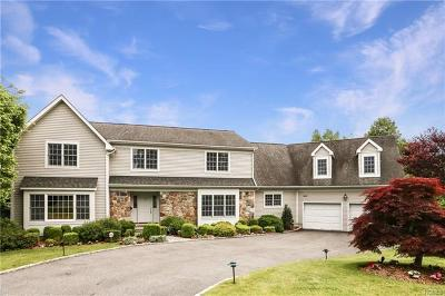 Scarsdale Single Family Home For Sale: 9 Maple Ridge Court