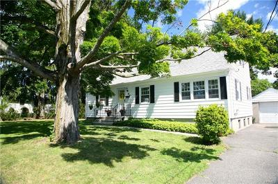 Westchester County Single Family Home For Sale: 60 Montrose Point Road