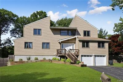 Rockland County Single Family Home For Sale: 5 Hilburg Court