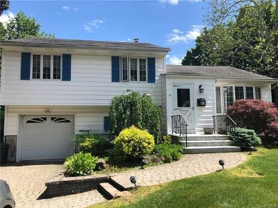 Rockland County Single Family Home For Sale: 41 Moehring Drive