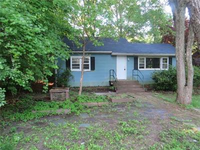 Westchester County Single Family Home For Sale: 7 Cottonwood Drive