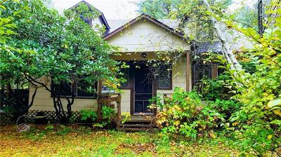 Single Family Home For Sale: 20 Laurel Lane